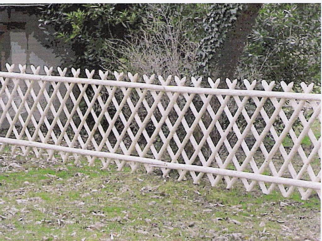 Barri res ch taignier piquets cl ture bois jardin for Barriere metal jardin